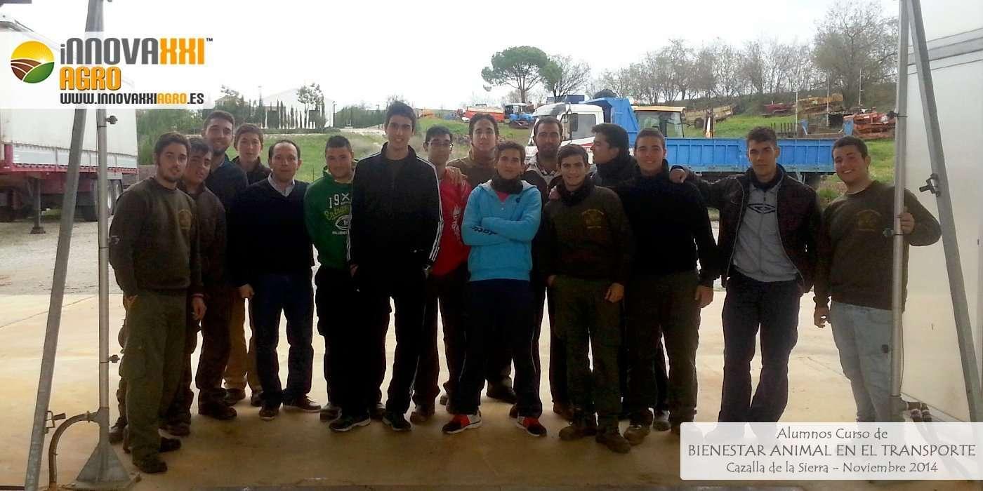 fotografía de alumnos curso bienestar animal en el transporte cazalla de la sierra noviembre 2014